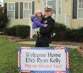 Anabel Polanco Welcomes Home Husband Staff Sergeant Polanco